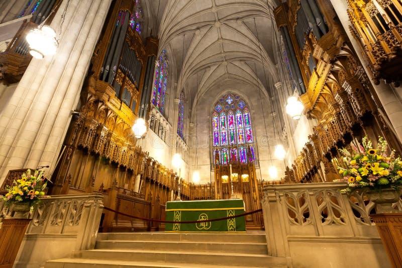 Durham, NC / Stati Uniti - PTOM 13, 2019 - Vista paesaggistica della cancelleria della cappella dell'Università Duke fotografia stock libera da diritti