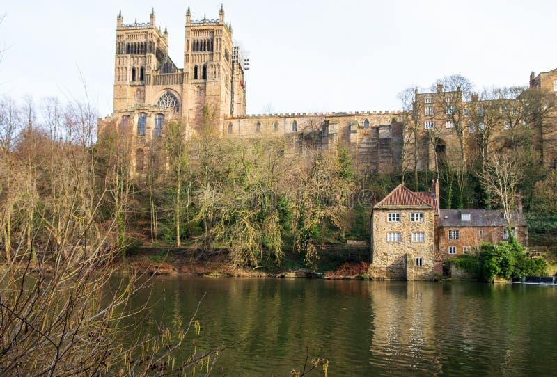 Durham-Schloss, Kathedrale und Fluss-Abnutzung, Großbritannien stockfotografie