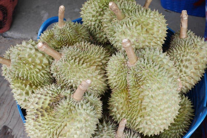 Durian, roi des fruits en Thaïlande avec elle goût et arome uniques du ` s photos libres de droits