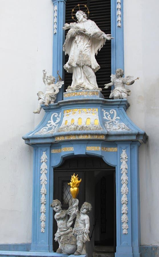 Статуя в аббатстве Durnstein, более низком Австрии стоковые изображения rf