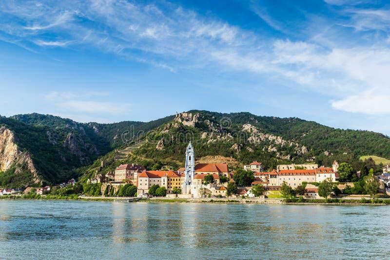 Durnstein на Дунае в живописной долине Wachau стоковые фотографии rf