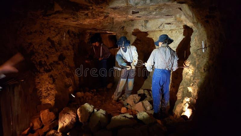 Duro sul lavoro nella miniera di piombo immagine stock libera da diritti