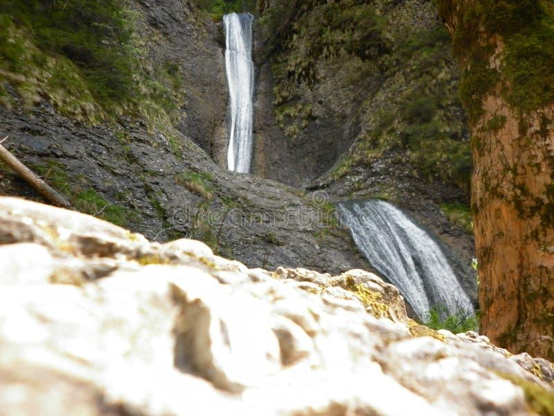 Duruitoarea vattenfall arkivbild