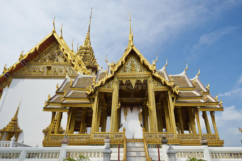 Dusit Maha Prasat Hall en el palacio magnífico en Bangkok fotos de archivo