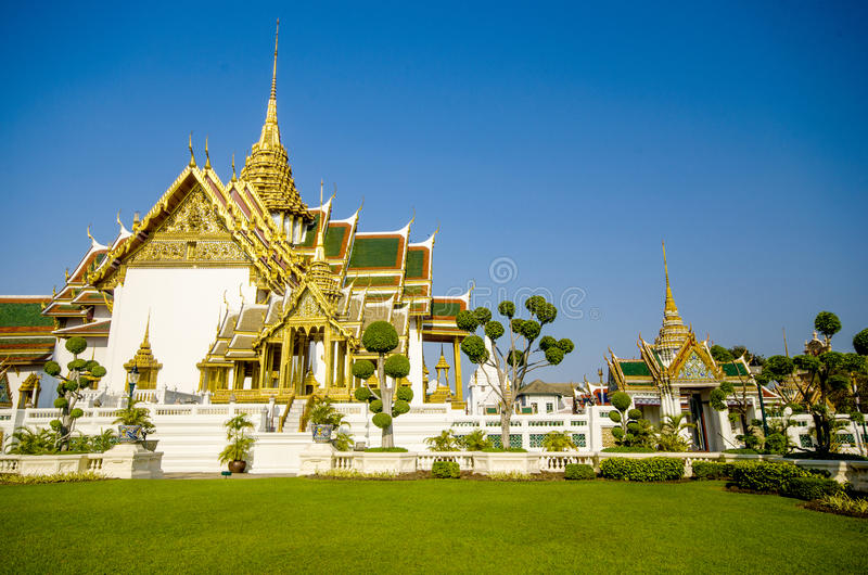 Dusit Maha Prasat Throne Hall en Wat Phra Kaew, Bangkok, Tailandia fotografía de archivo
