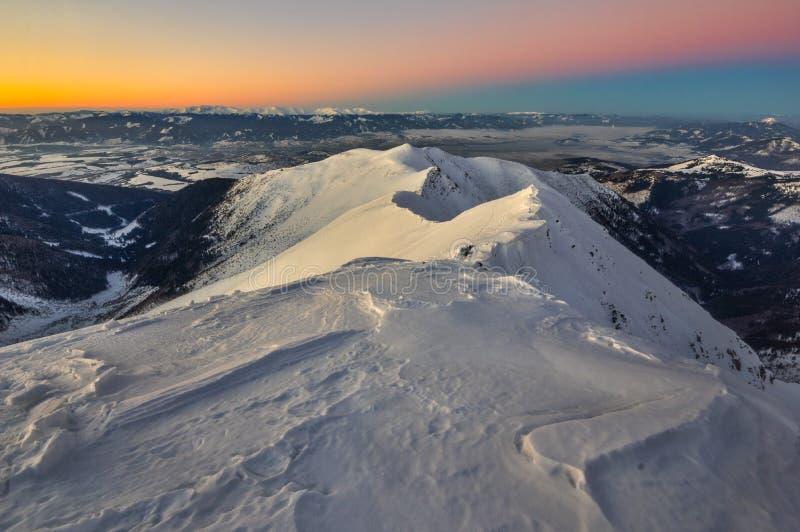 Dusk aus dem Prislop-Berg in der Westtatra stockfotos
