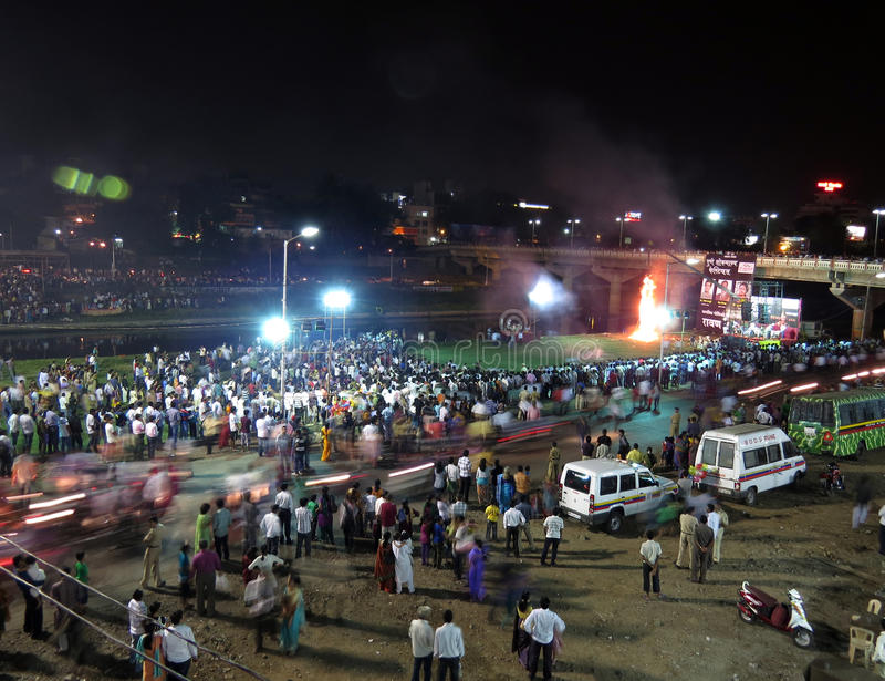 Download Dussehra Tradition editorial photo. Image of crowd, cultures - 27313841