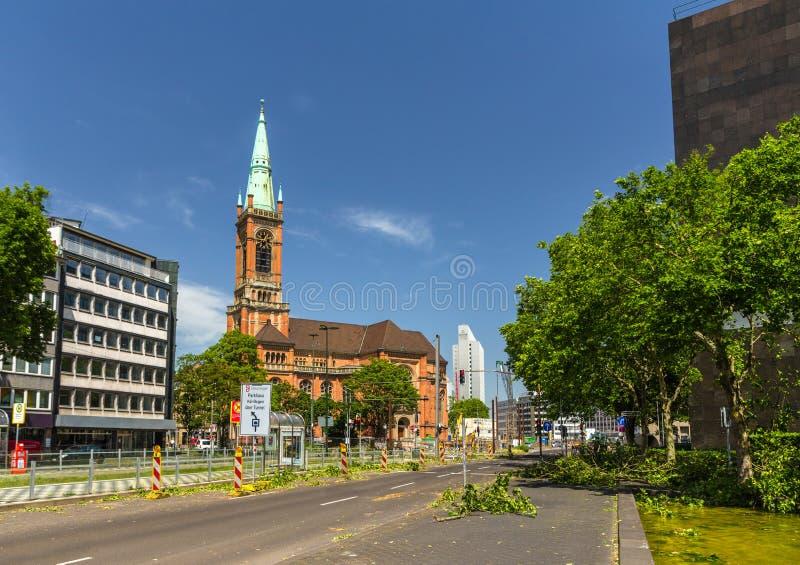 Dusseldorf após a tempestade mortal o 10 de junho de 2014 imagens de stock