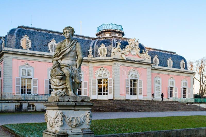 Dusseldorf, Nordrhein-Westfalen, Deutschland - 22. Januar 2017 Schloss Benrath lizenzfreie stockfotos