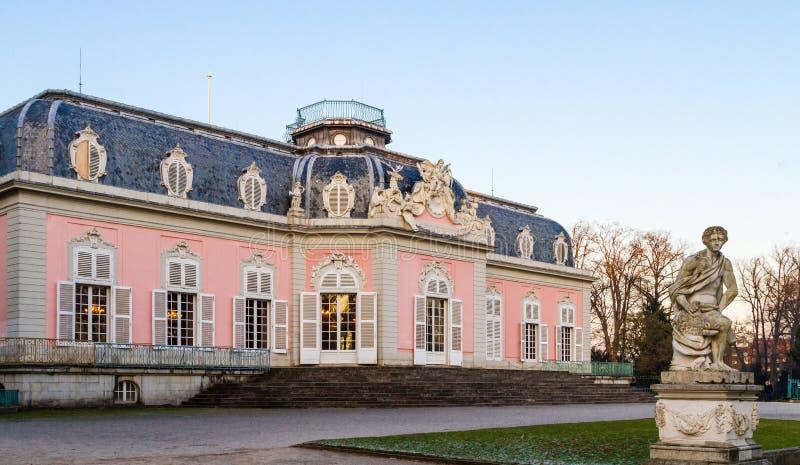 Dusseldorf, Nordrhein-Westfalen, Deutschland - 22. Januar 2017 Schloss Benrath lizenzfreies stockfoto