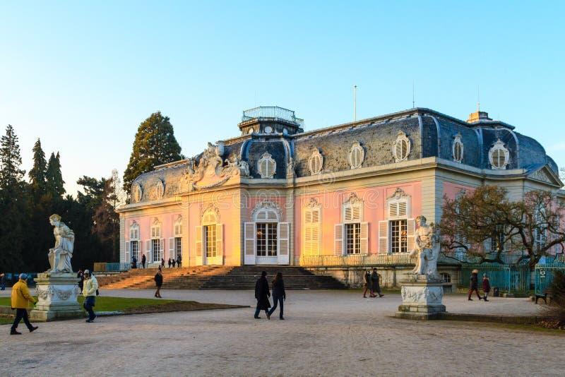 Dusseldorf, Nordrhein-Westfalen, Deutschland - 22. Januar 2017 Schloss Benrath stockfotografie