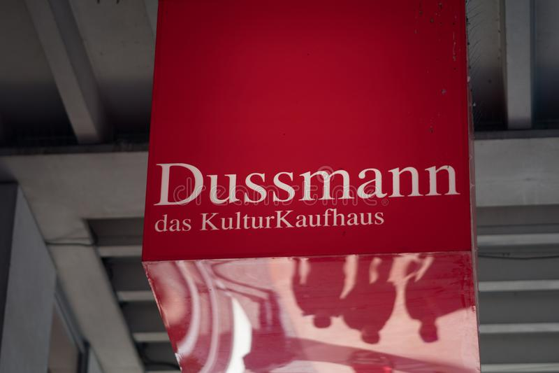 Dussmann das KulturKaufhaus arkivtecken royaltyfri fotografi