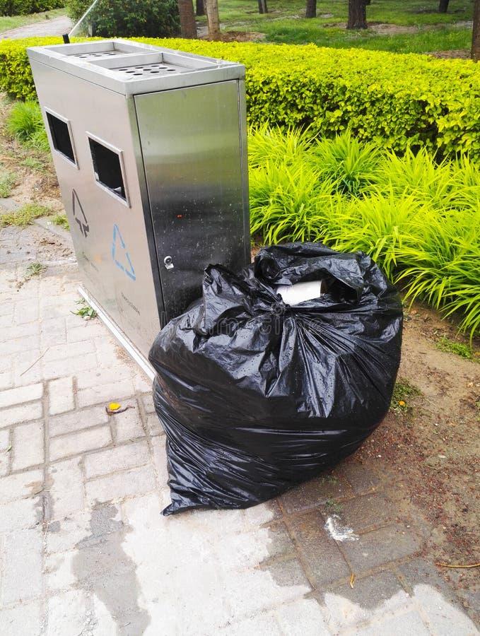 dustbin стоковая фотография rf