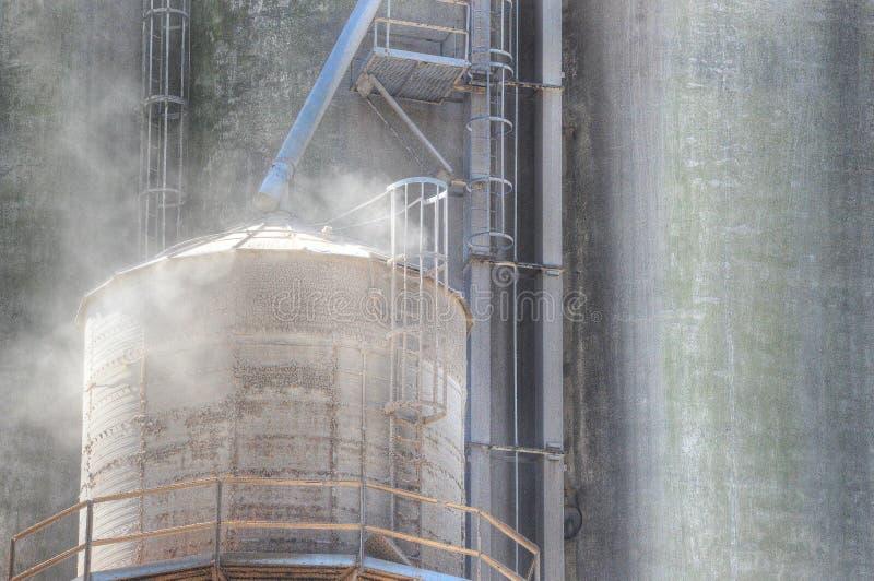 Dusty Grain Elevator immagine stock libera da diritti