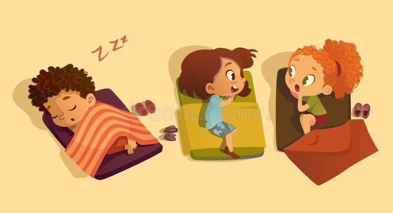 Dutjetijd in de kleuterschool Twee schoolmeisjes die aan elkaar spreken en in de slaapkamer gossipping het vertellen geheim aan royalty-vrije illustratie