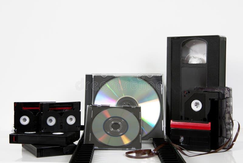 Dvd cd millimètre de bandes vidéo en cassettes de stockage de media image stock