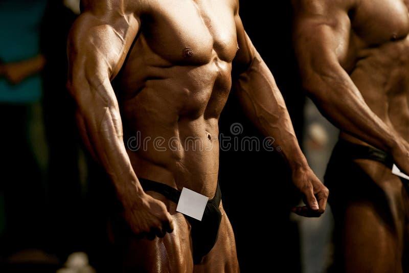 Dwa atlety bodybuilders zdjęcia royalty free
