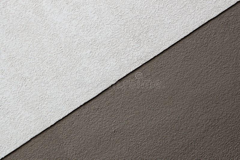Dwa brzmień Brown tekstura na betonowej ścianie, trójboka kształt zdjęcie royalty free
