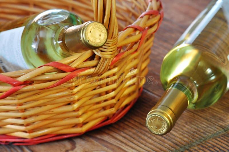 Dwa butelki świetny włoski biały wino fotografia stock