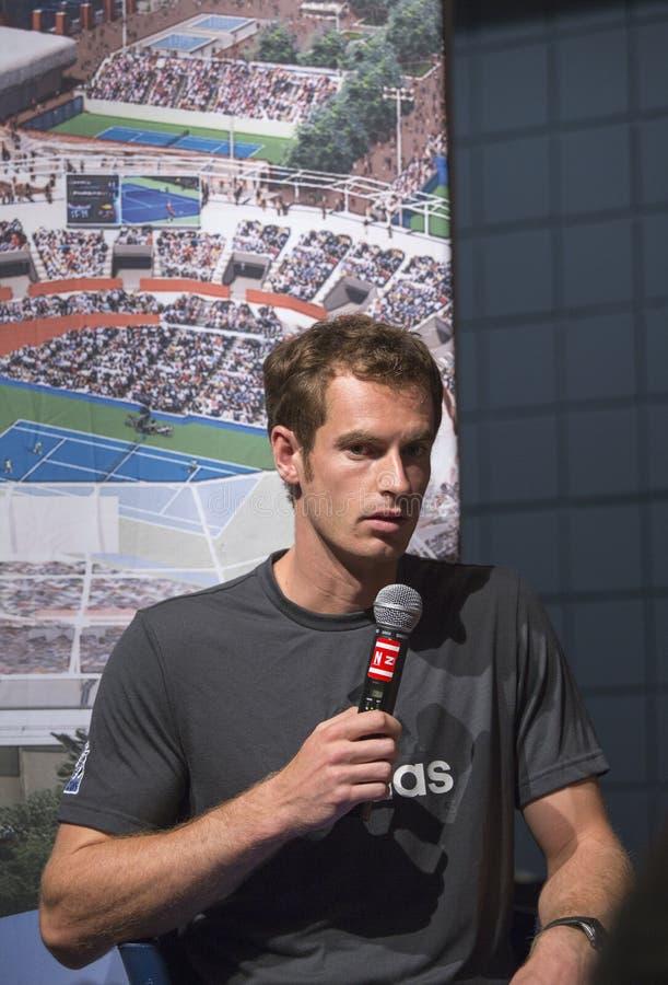 Dwa czasów wielkiego szlema mistrz Andy Murray przy