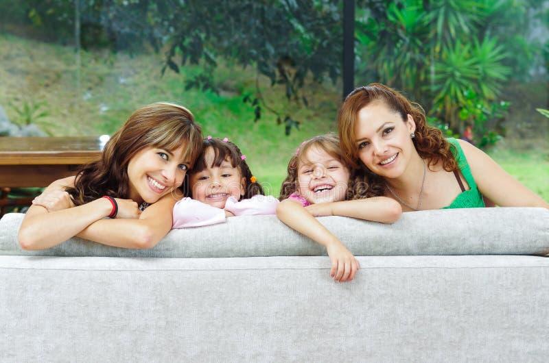 Dwa dumnej latynos matki pozuje z ich fotografia royalty free