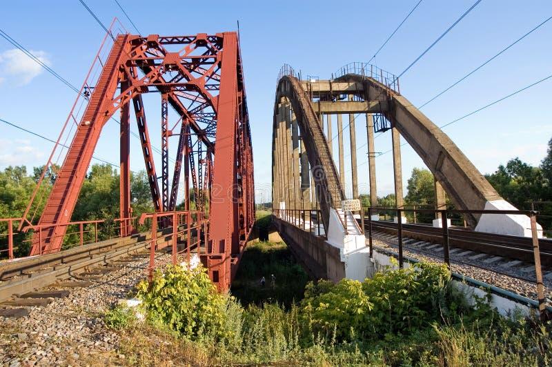 Dwa kolejowy most przez rzekę, Ryazan region obraz stock