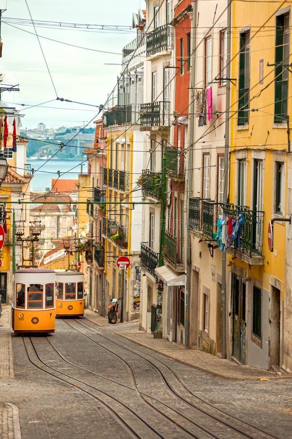 Dwa Lisbon Gloria Funiculars - Portugalia, Europa obrazy stock