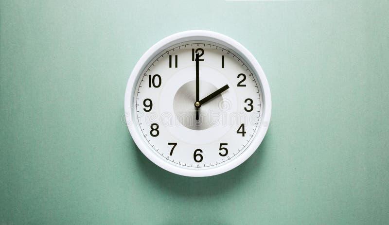 Dwa o ` zegar zdjęcie royalty free