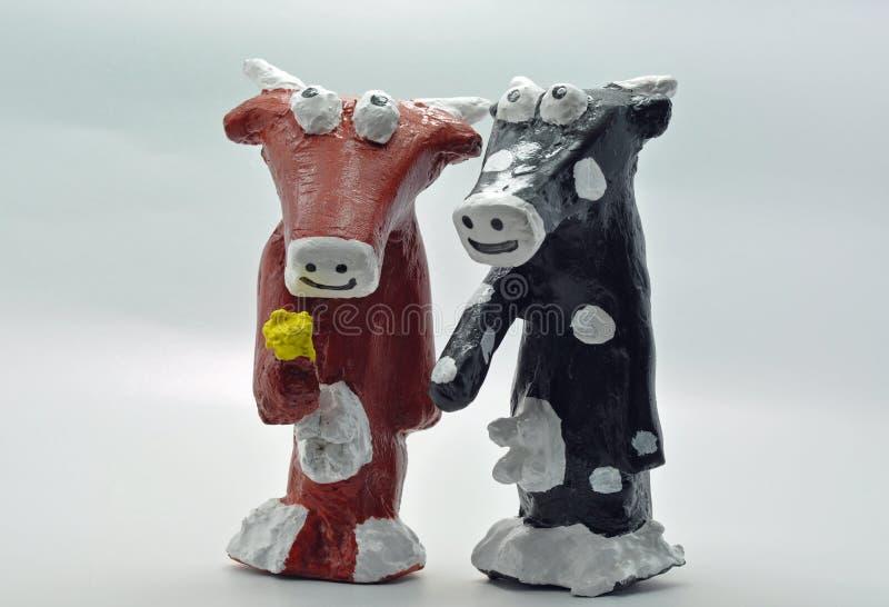 Dwa Papierowej mache krowy zdjęcie royalty free