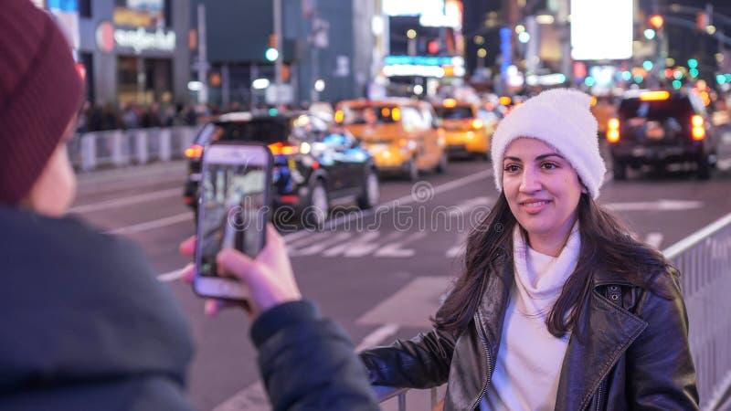 Dwa przyjaciół podróż Nowy Jork dla zwiedzać obrazy stock