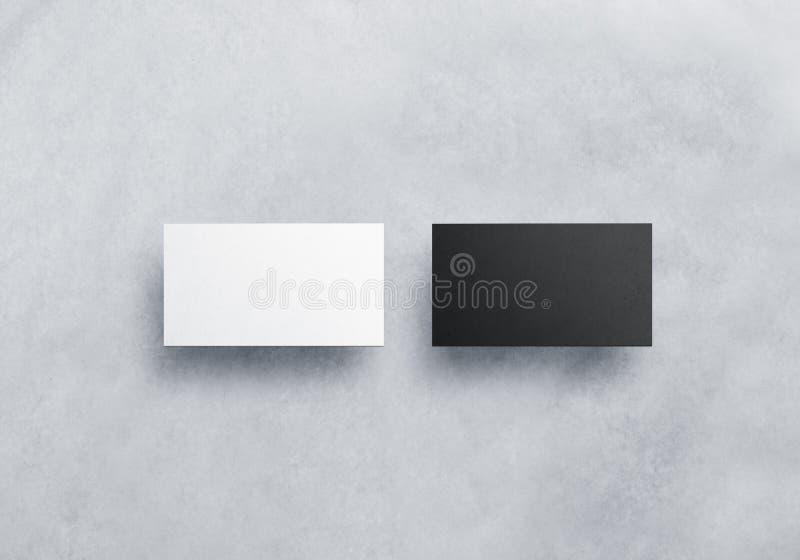 Dwa pustego wizytówki mockups textured na popielatym zdjęcia royalty free