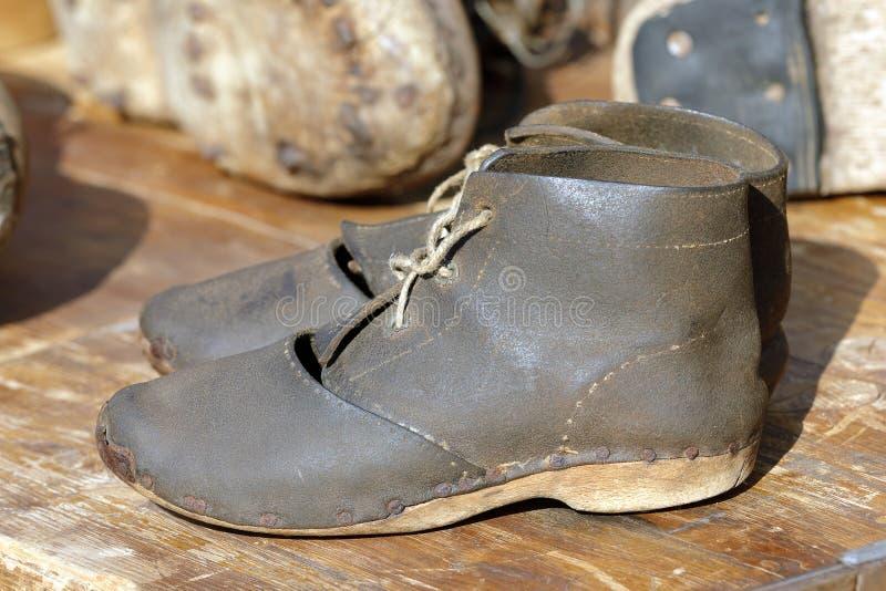 Dwa starego rzemiennego buta zdjęcie royalty free