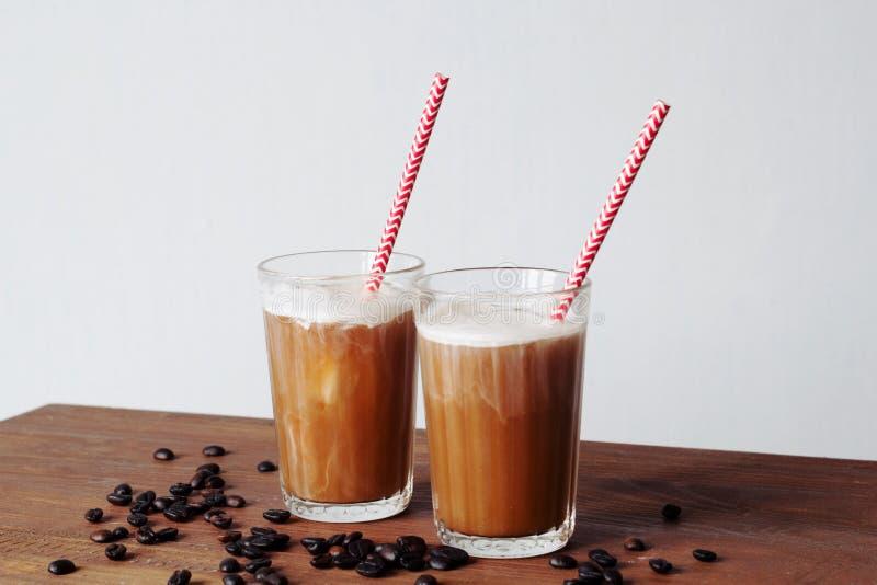 Dwa szkła lukrowa kawa zdjęcie royalty free
