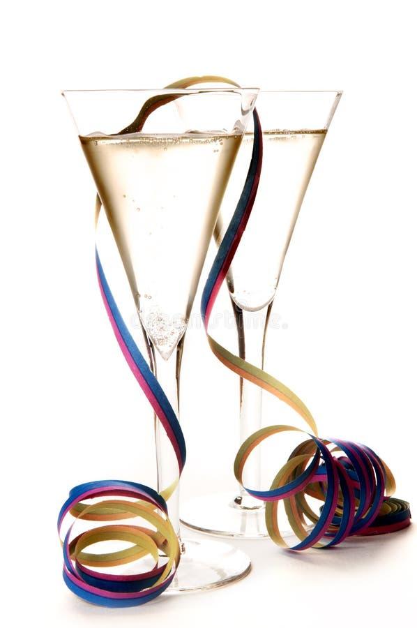 Dwa szkła szampan I parostatek obrazy stock