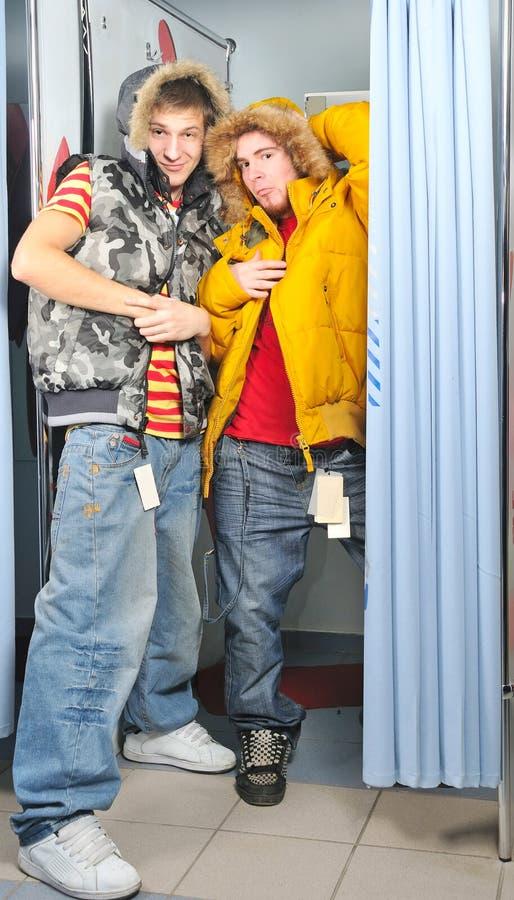 Dwa w pokoju ładna chłopiec fotografia royalty free