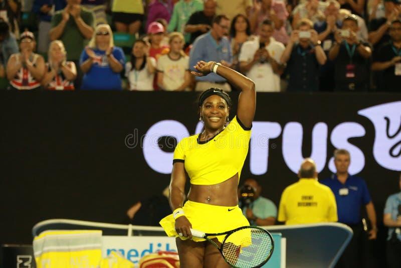 Dwadzieścia czasów wielkiego szlema jeden mistrz Serena Williams świętuje zwycięstwo po jej półfinału dopasowania przy australian zdjęcia royalty free