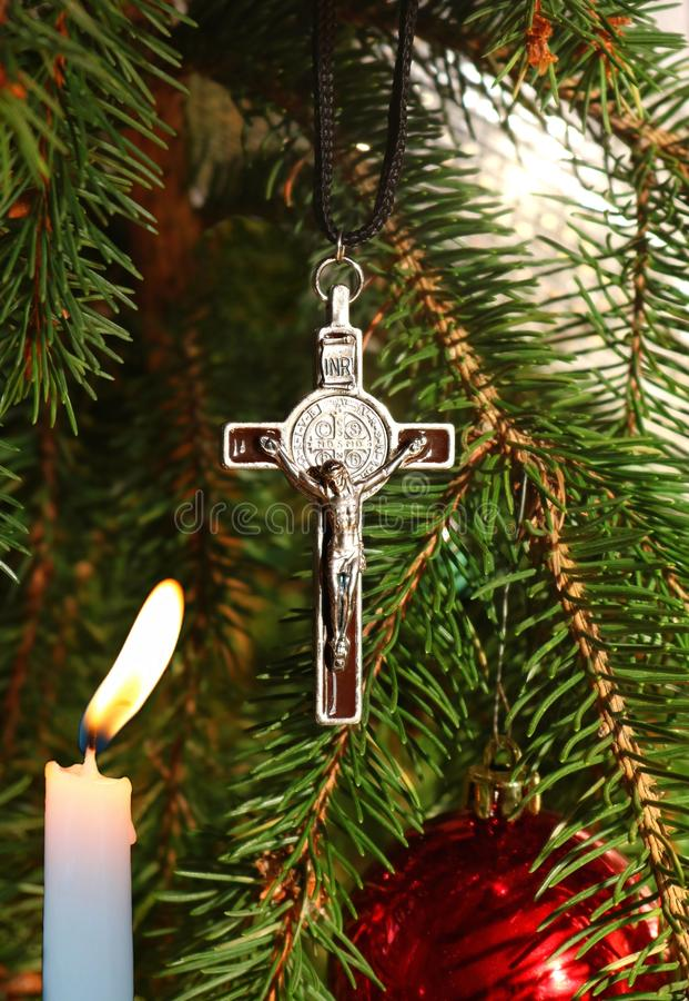 Dwars aangestoken de kaarsornament van Christus op Kerstboom royalty-vrije stock afbeeldingen