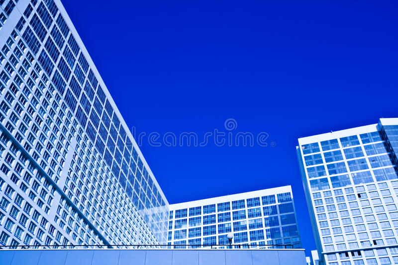 Download Dwelling house stock photo. Image of downtown, glass - 11381748