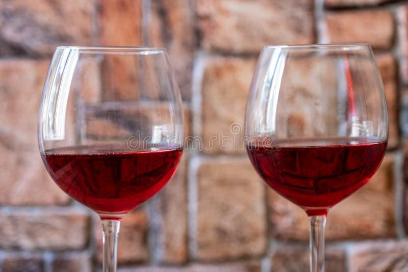 dwie czerwone wino szk?a zdjęcia royalty free