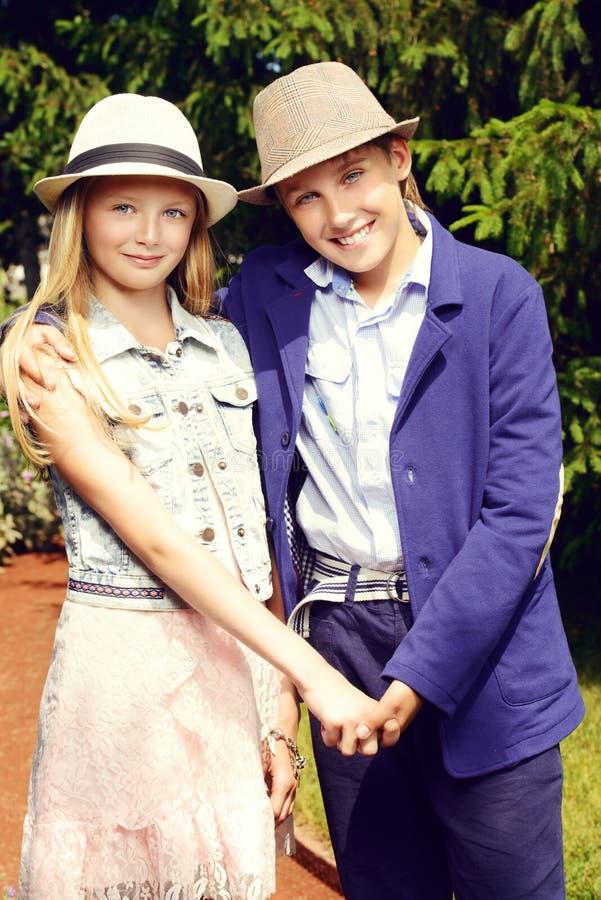 dwie nastolatki obraz royalty free