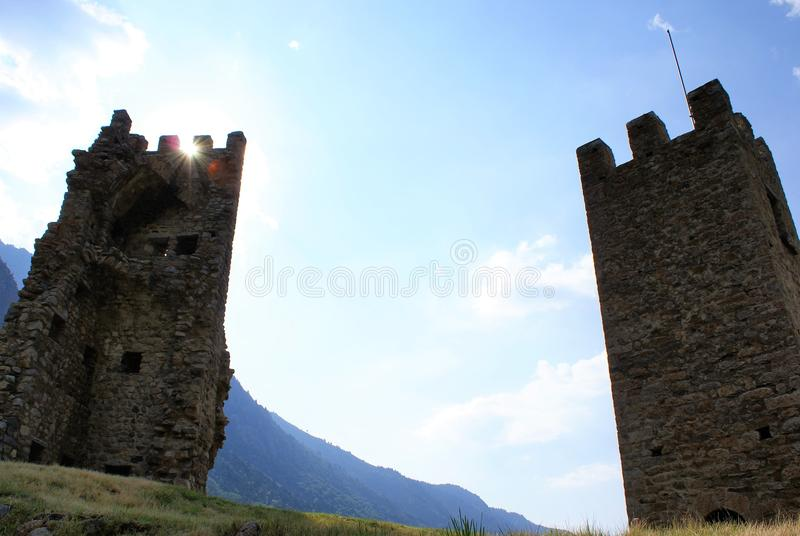 dwie wieże obrazy royalty free
