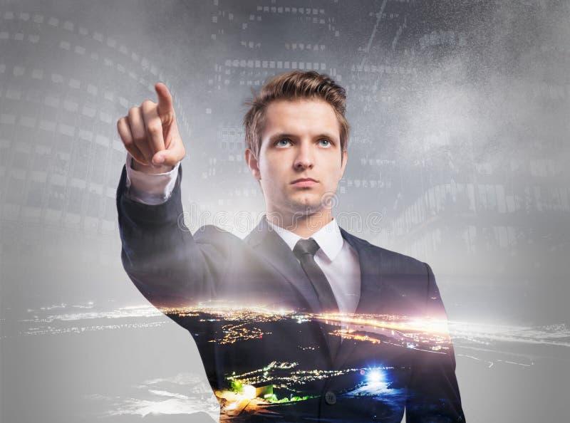Download Dwoisty Ujawnienie Biznesmen Zdjęcie Stock - Obraz złożonej z atrakcyjny, zmrok: 65226540