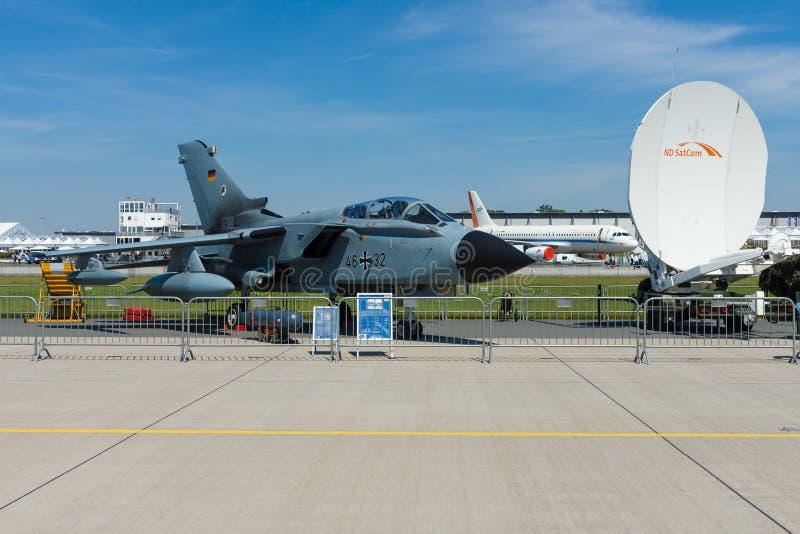 Dwusilnikowy, zakresu skrzydłowy bojowy samolot, Panavia tornado Recce fotografia royalty free