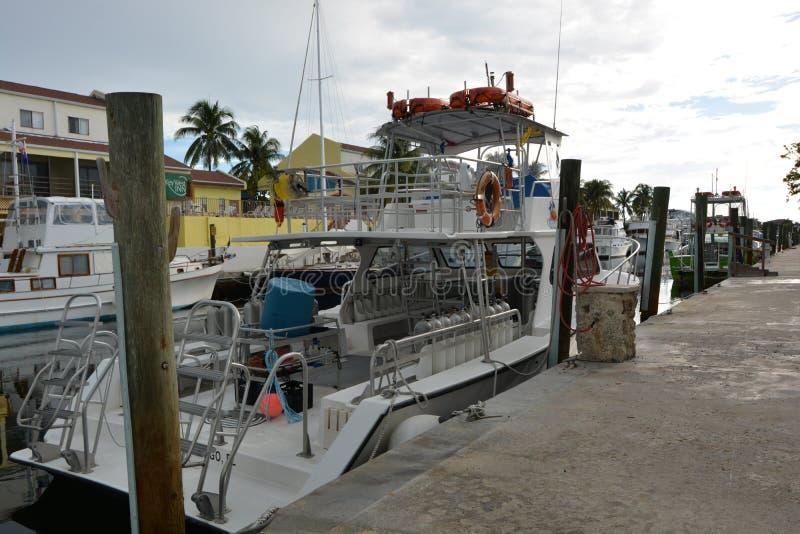 Dykningfartyg arkivbilder