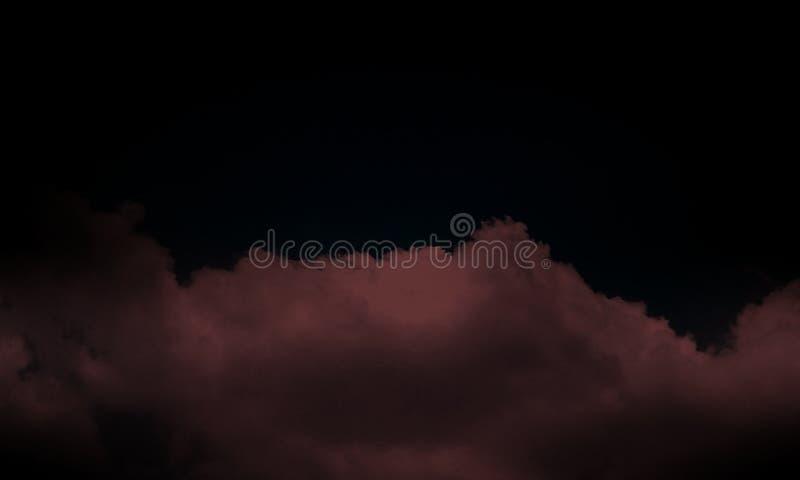 Dym na podłodze Odosobniony czarny tło Abstrakcjonistyczna brązu dymu mgły mgła na czarnym tle , tapeta ilustracji