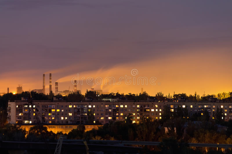 Dymne fabryki obrazy stock
