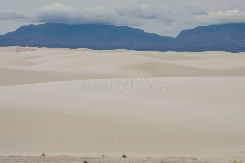 Dyn av den nationella monumentet för vita sander fotografering för bildbyråer