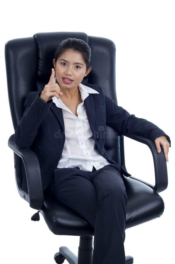 Dynamische Geschäftsfrau lizenzfreies stockbild