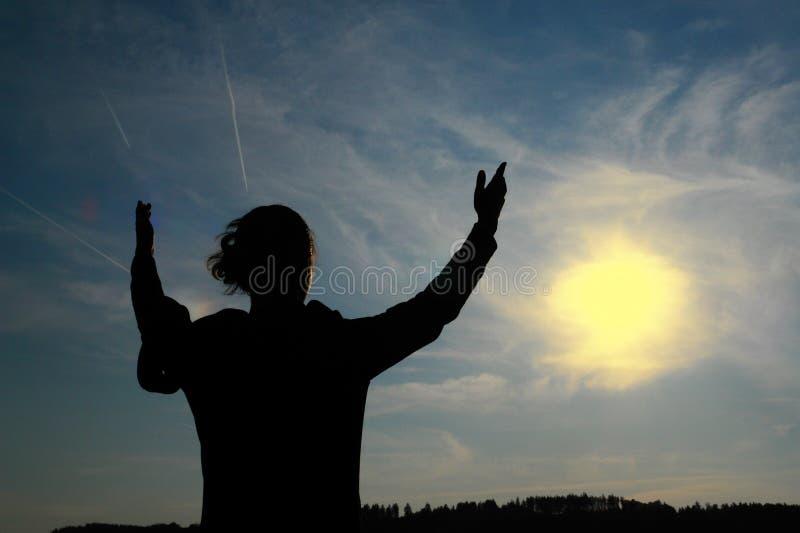 Download Dyrkan arkivfoto. Bild av jubel, heavenly, framgång, natur - 975582