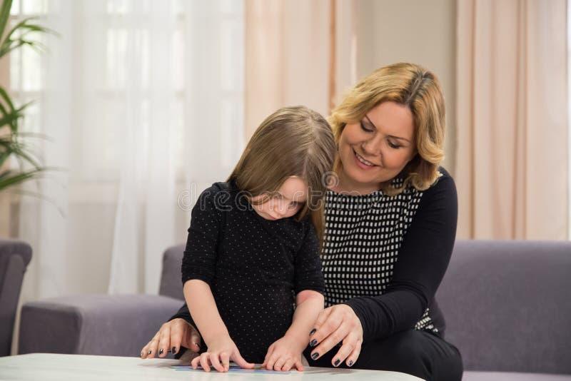 Dyslexie et autisme photographie stock libre de droits